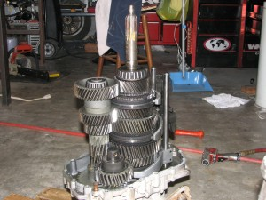 Inside a ZF 5-Speed Manual Transmission   - Got